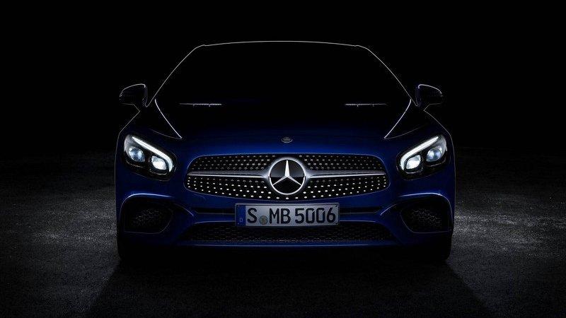 Премьера обновлённого Mercedes SL