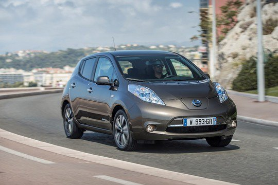 Nissan увеличил пробег Leaf