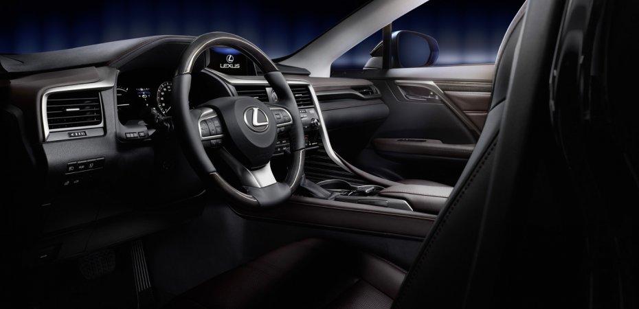 Салон нового Lexus RX