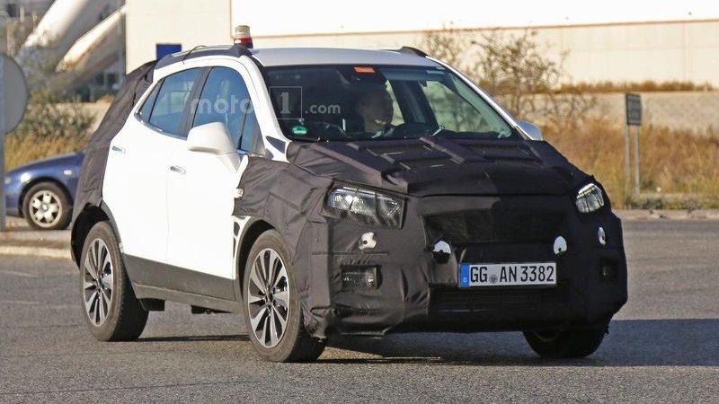 Обновлённый Opel Mokka на тестах