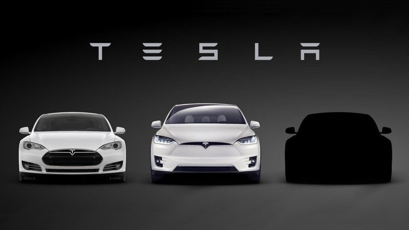 Дебют Tesla Model 3 - в марте