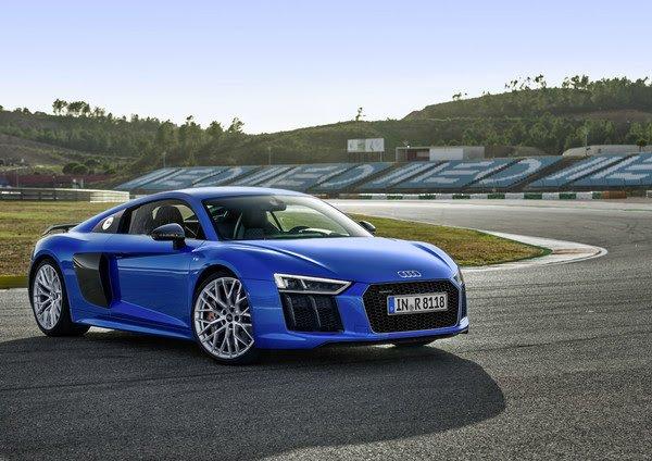 Audi R8 признан лучшим