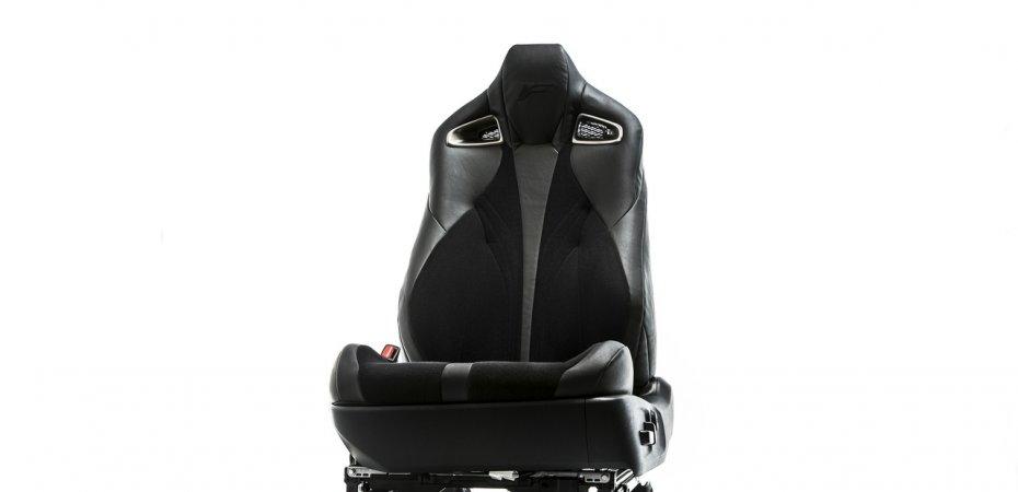 Новые кресла Lexus V-LCRO