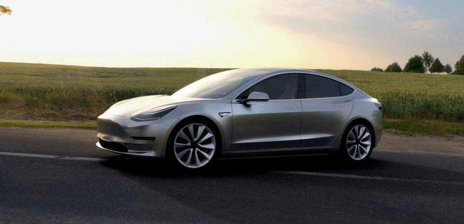 Tesla Model 3 собрала очередь