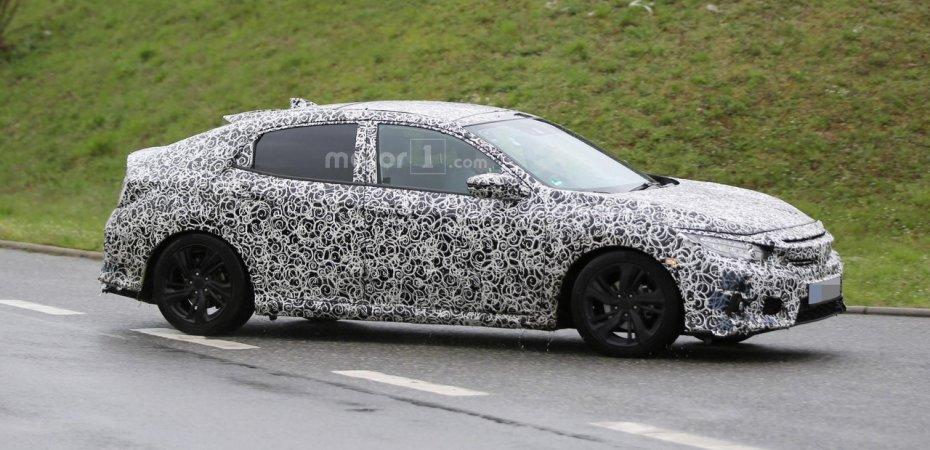 Honda Civic 5D на тестах