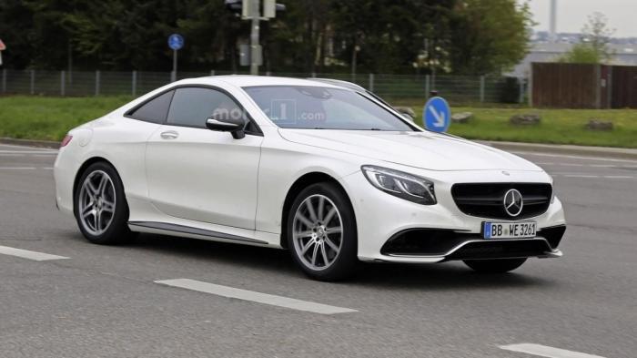 Странный Mercedes на тестах