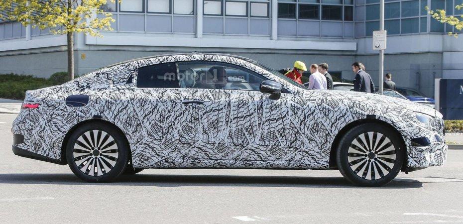 Новый купе Mercedes E-Class