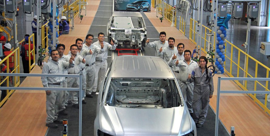 VW Tiguan стал 7-местным