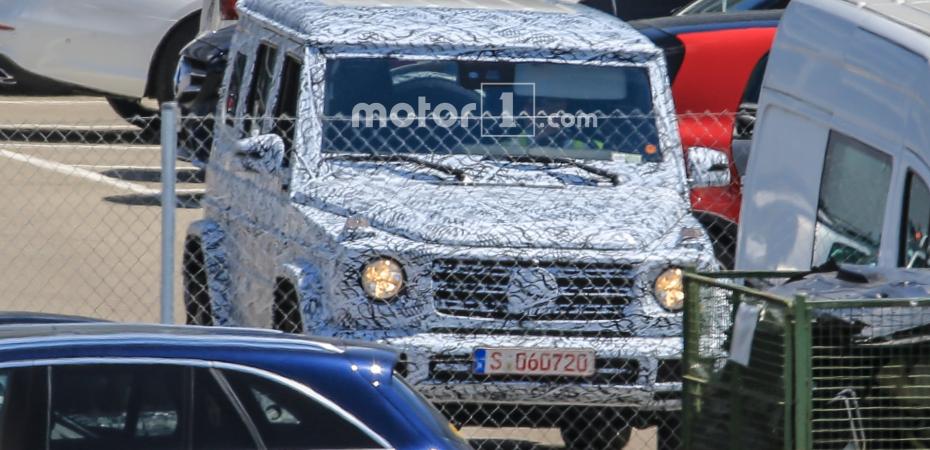 Новый Mercedes G на тестах