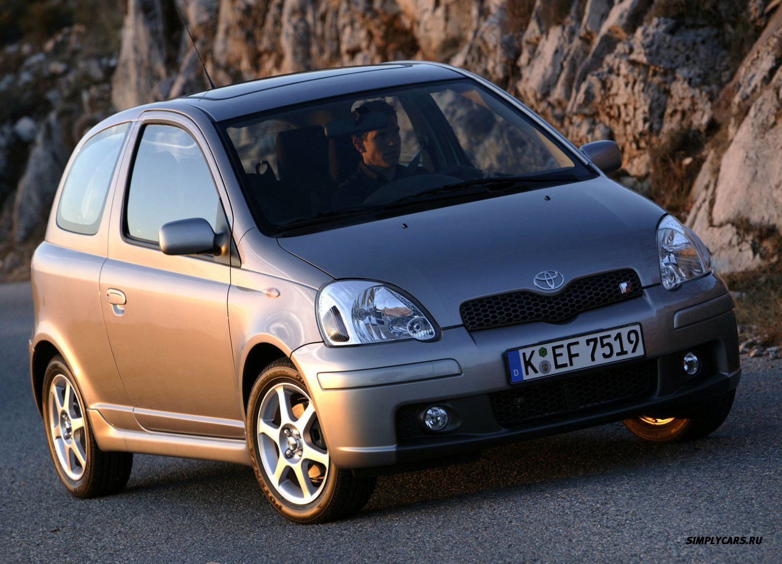 Toyota Yaris Reviews - Toyota Yaris Price, Photos, and ...