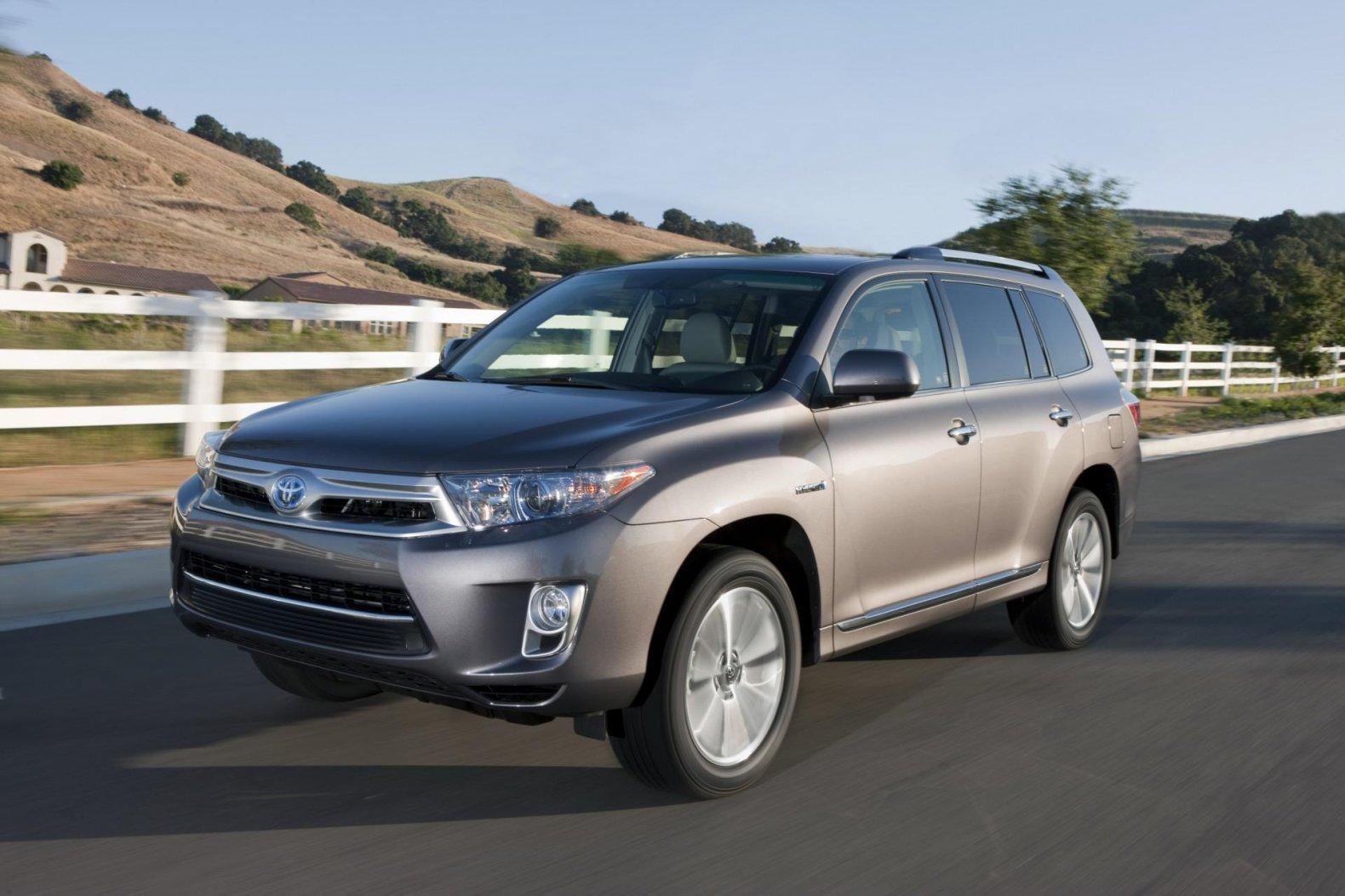 Used 2012 Toyota Highlander Hybrid for sale - Pricing ...