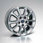 Фотографии Lancia Thema 2012