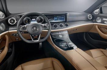 Mercedes E-Class интерьер
