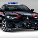 Фотографии Alfa Romeo Giulia Quadrifoglio Carabinieri 2017