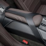 Фотографии Aston Martin Vantage GT12 Roadster 2016